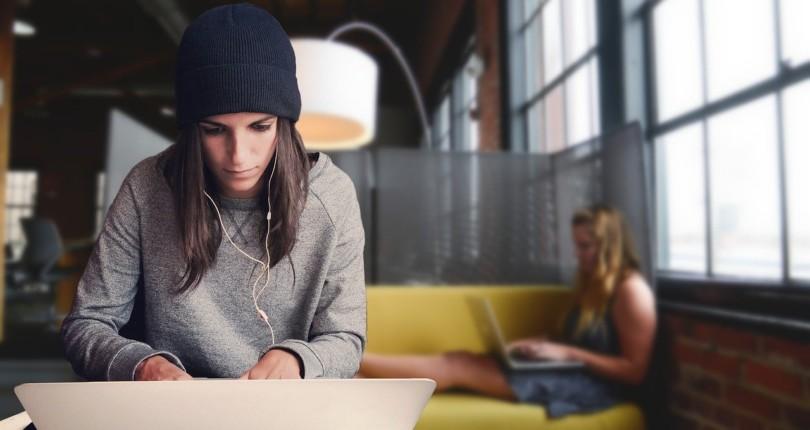 Ποια είναι η διαφορά ενός ευέλικτου χώρου εργασίας και ενός παραδοσιακού γραφείου;